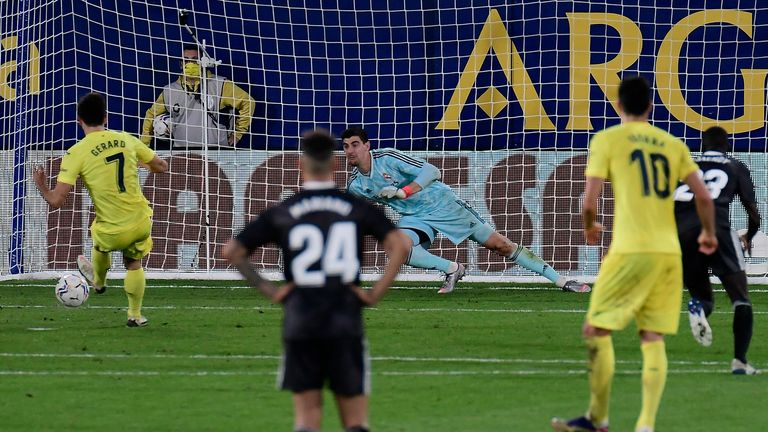 Gerard Moreno keeps his cool to slot home the equaliser for Villarreal