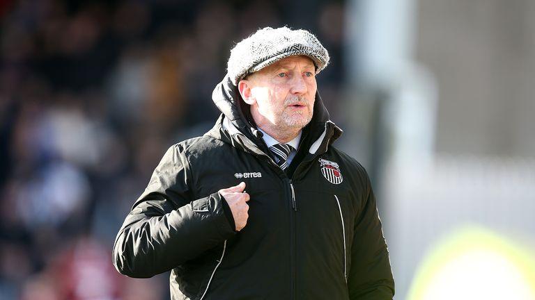 Grimsby renews Paul Hurst to replace Ian Holloway as director    Football News