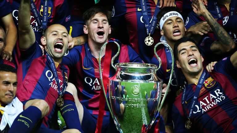 BERLIN, GERMANY - JUNE 06:  Javier Mascherano, Lionel Messi,Neymar Jr and Luis Suarez pose with the trophy during the UEFA Champions League Final between Barcelona and Juventus at Olympiastadion on June 6, 2015 in Berlin, Germany. (Photo by Ian MacNicol/Getty Images) *** Local Caption *** Neymar Jr; Lionel Messi; Luis Suarez; Javier Mascherano