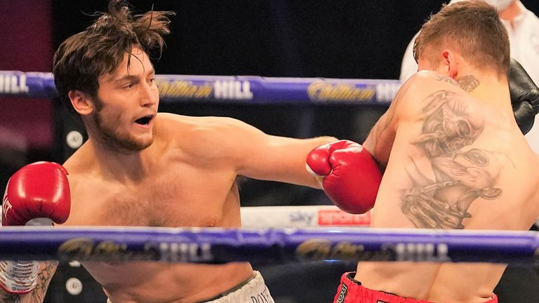 Jez Smith claimed every round in a points win over Ben Ridings