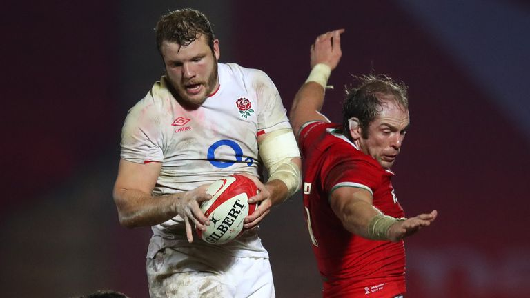 Joe Launchbury delivers some quality lineout ball for England