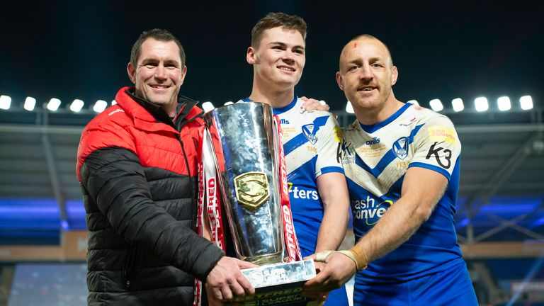 Picture by Allan McKenzie/SWpix.com - 27/11/2020 - Rugby League - Betfred Super League Grand Final - Wigan Warriors v St Helens - KC Stadium, Kingston upon Hull, England - St Helen's coach Kristian Woolf with Jack Welsby, Captain James Roby & the Betfred Super League trophy after they defeated Wigan.