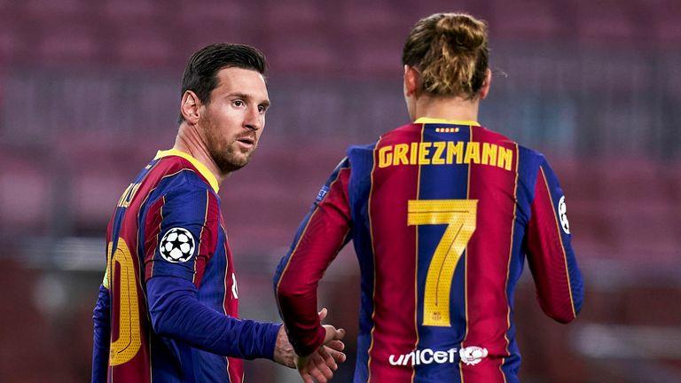 Lionel Messi y Antoine Griezmann en el partido del Barcelona
