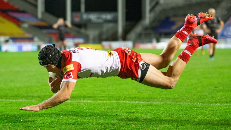 Jonny Lomax added St Helens' fifth score as they ran riot in the second half