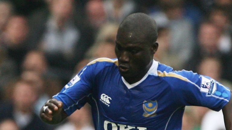 Papa Bouba Diop of Portsmouth in action during the Barclays Premier League match between Fulham and Portsmouth at Craven Cottage of October 7, 2007 in London, England