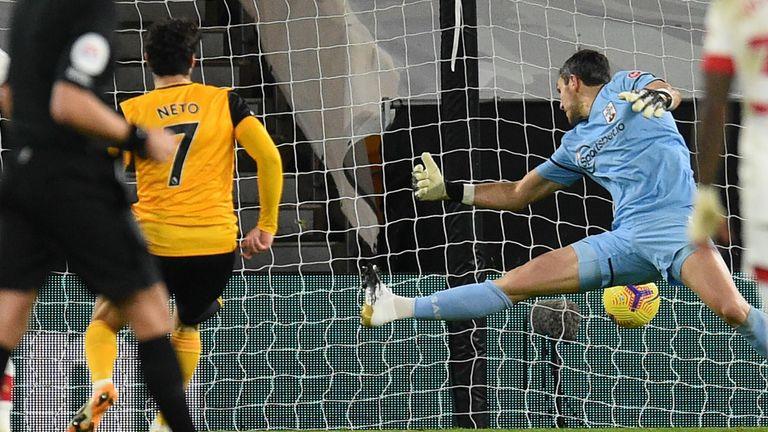 Pedro Neto scores Wolves' equaliser against Southampton