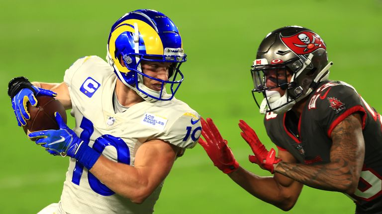 La Rams and the Tampa Bay Buccaneers