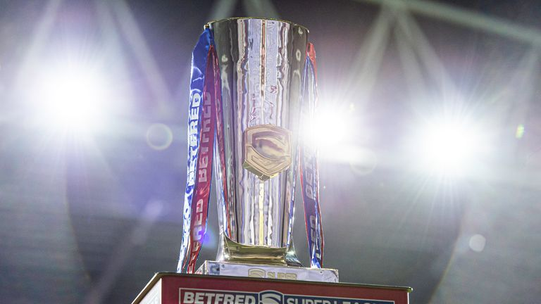 Will St Helens or Wigan lift the Super League trophy on Friday evening?