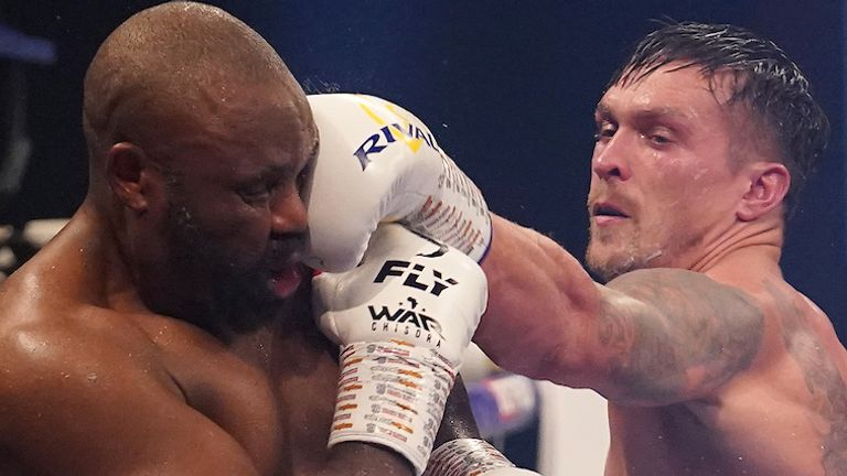 HANDOUT PICTURE COMPLIMENTS MATCHROOM BOXING.Oleksandr Usyk vs Derek Chisora, Heavyweight Contest .. October 31, 2020. Image by Dave Thompson ..