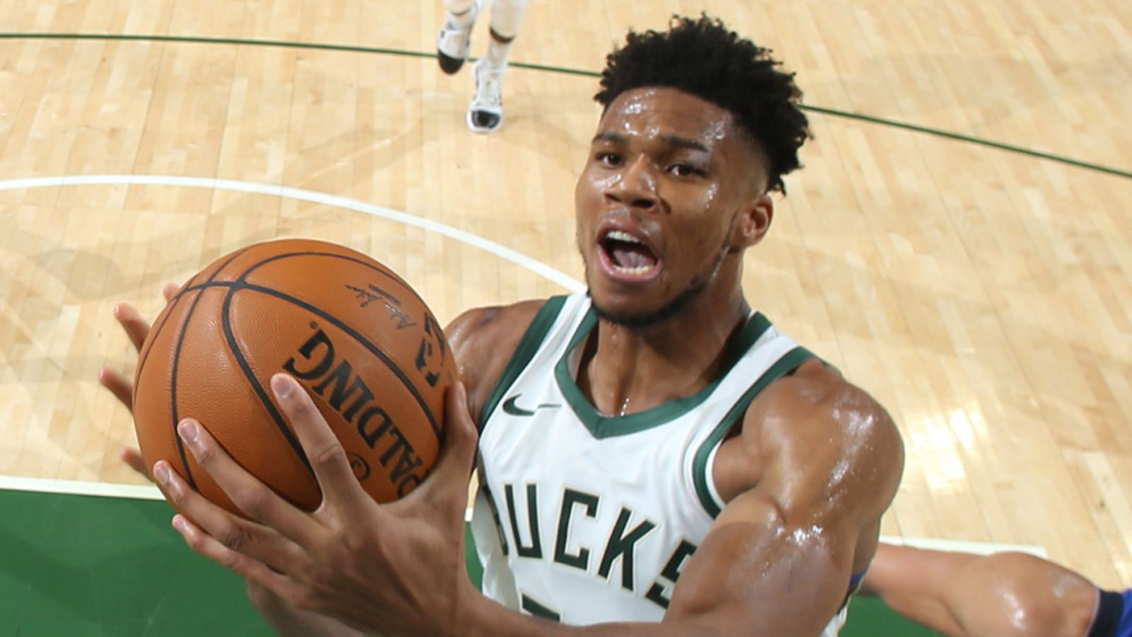 Giannis Antetokounmpo 'bucked the trend' by staying in Milwaukee, says BJ Armstrong