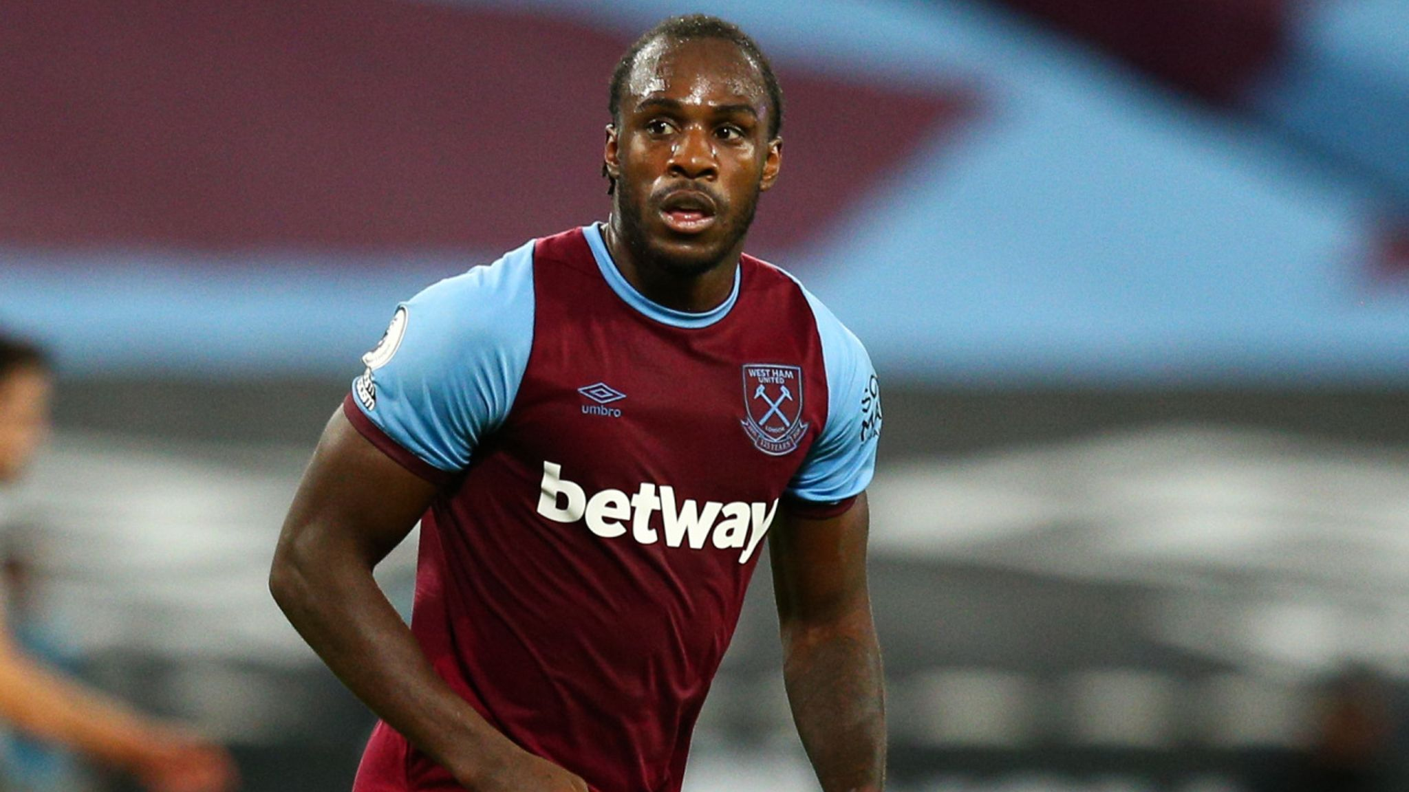 Michail Antonio signs West Ham contract to run until 2023 | Football News |  Sky Sports