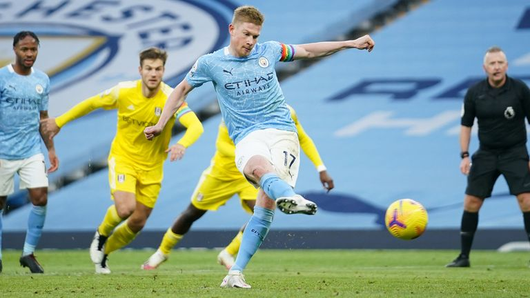 Kevin De Bruyne of Manchester City scores a penalty for his team's second goal during the Premier League match between Manchester City and Fulham at Etihad Stadium