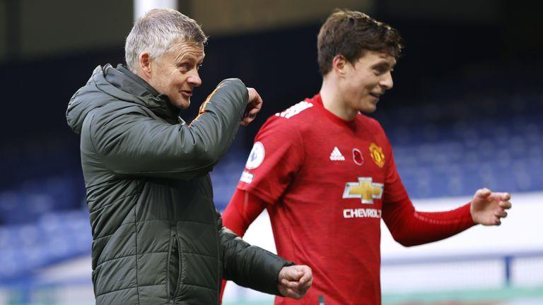 Manchester United manager Ole Gunnar Solskjaer and defender Victor Lindelof