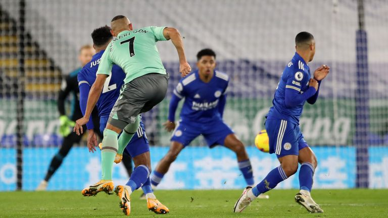 Richarlison puts Everton in front against Leicester