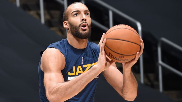 LOS ANGELES, CA - DECEMBER 17: Rudy Gobert #27 of the Utah Jazz warms up before a preseason game against the LA Clippers on December 17, 2020 at STAPLES Center in Los Angeles, California. NOTE TO USER: User expressly acknowledges and agrees that, by downloading and/or using this Photograph, user is consenting to the terms and conditions of the Getty Images License Agreement. Mandatory Copyright Notice: Copyright 2020 NBAE (Photo by Adam Pantozzi/NBAE via Getty Images)