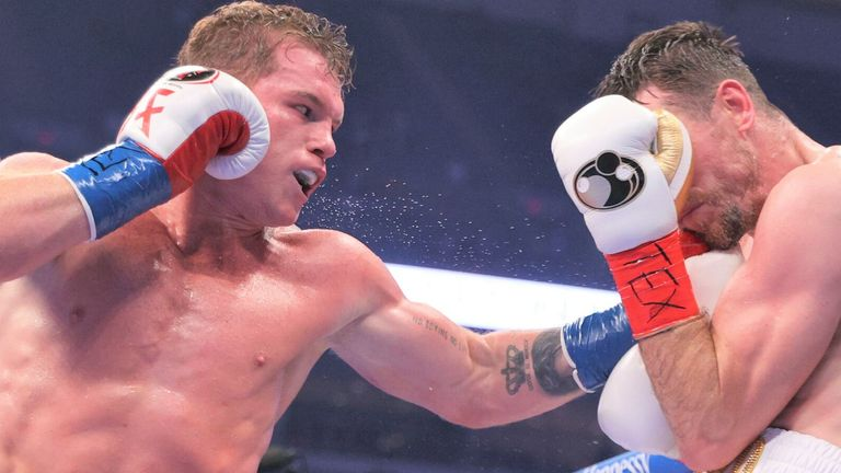 Canelo targeted Smith's injured arm