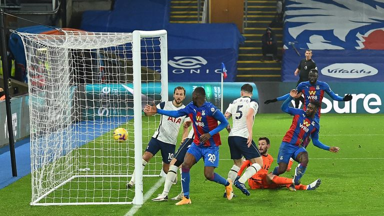 Schlupp prods home from close range to earn a point for the home side