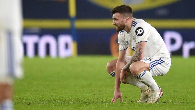 Stuart Dallas looks sad after Leeds & # 39;  Defeat to West Ham