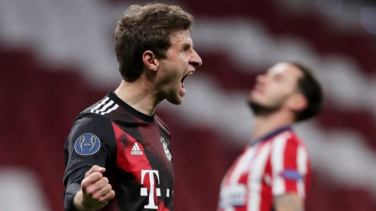 Thomas Muller scored a late penalty to thwart Atletico Madrid