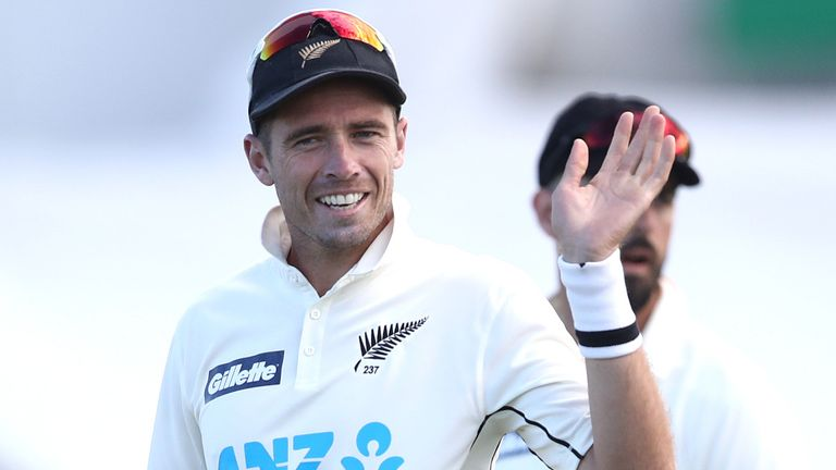 Tim Southee wins 300th test wicket as New Zealand nears victory over Pakistan in first test |  Cricket News