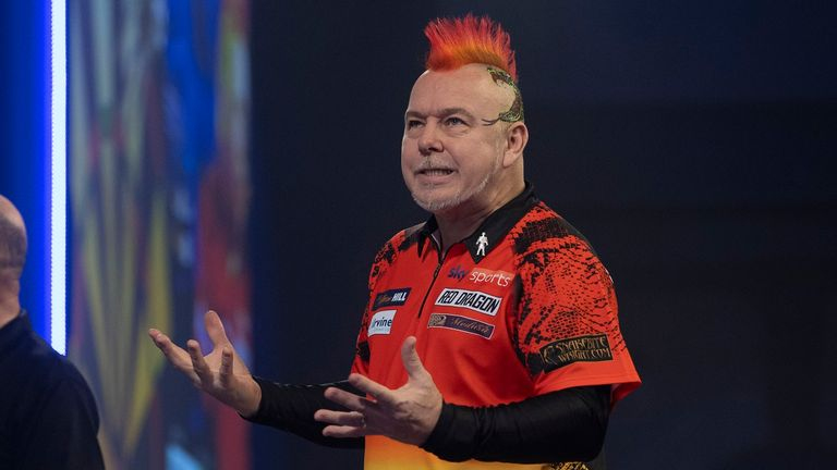 WILLIAM HILL WORLD DARTS CHAMPIONSHIP 2021,.ALAXANDRA PALACE,.LONDON.PIC;LAWRENCE LUSTIG.ROUND 3.PETER WRIGHT V GABRIEL CLEMENS.PETER WRIGHT IN ACTION
