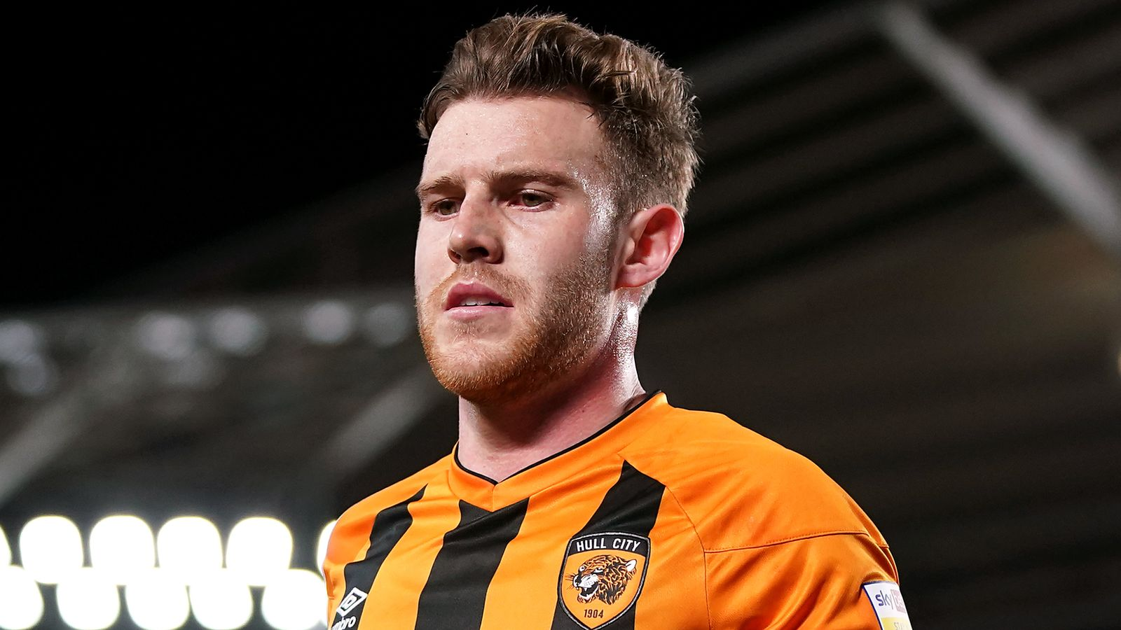 League One highlights and round-up: Hull held, Sunderland win