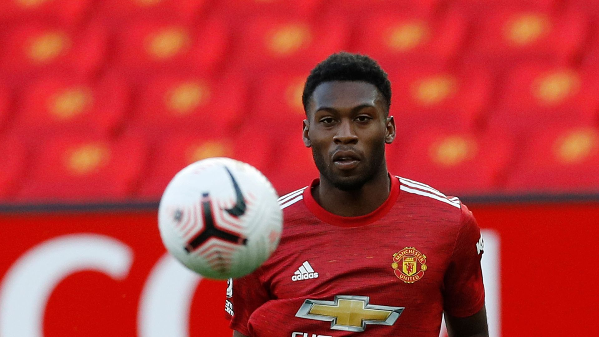 Fosu-Mensah in Germany ahead of £1.8m Leverkusen move