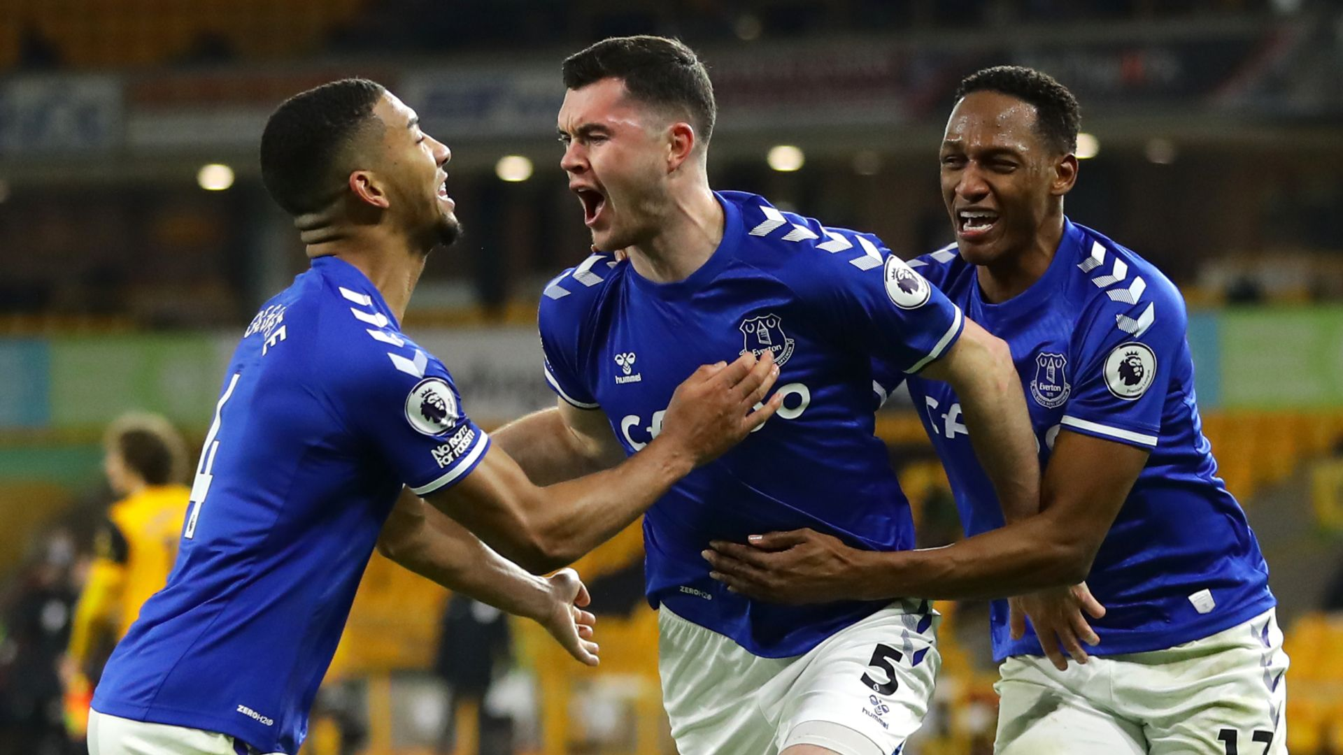 Keane heads Everton into fourth at Wolves