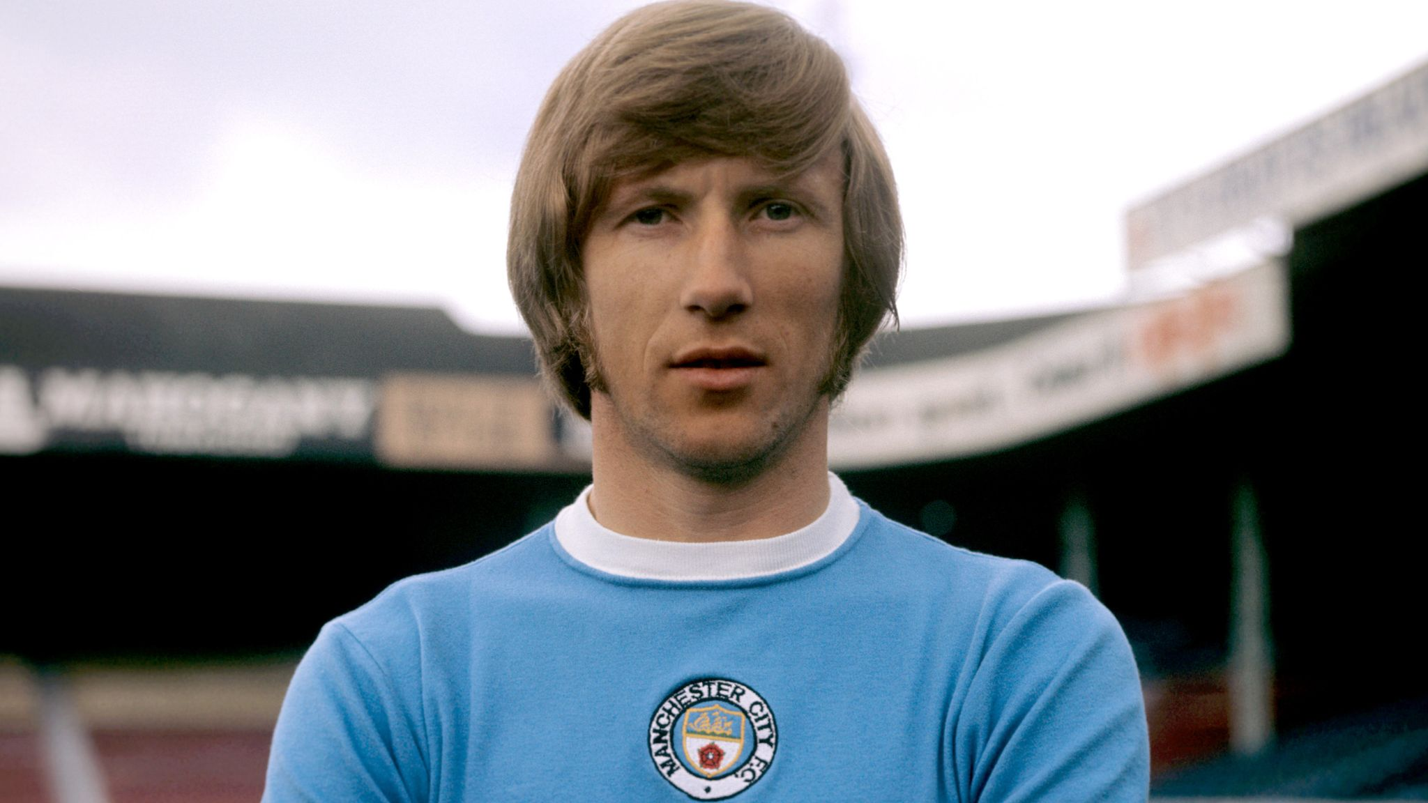 Colin Bell: Man City to walk out in tribute No 8 shirts vs Man Utd    Football News   Sky Sports
