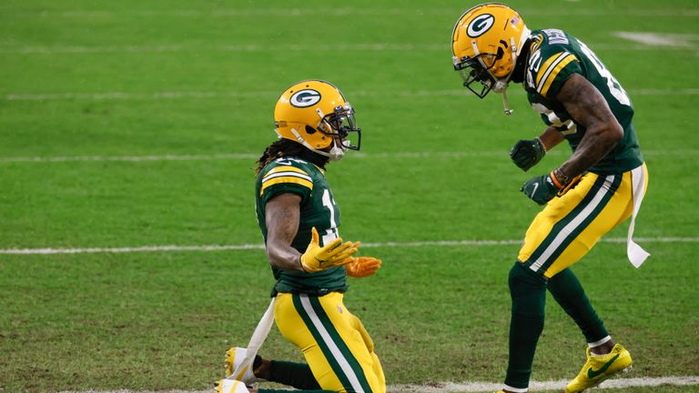 Davante Adams scored the opening touchdown for Green Bay against the Los Angeles Rams in the Divisional Round.
