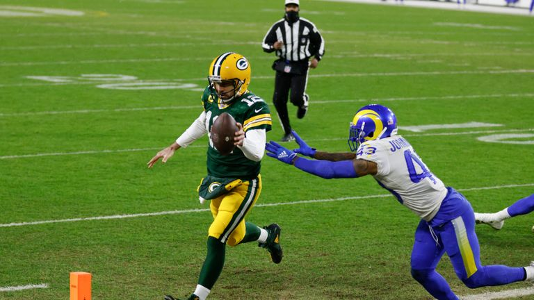 An incredible solo touchdown from quarterback Aaron Rodgers saw Green Bay score against the Los Angeles Rams, but the Packers failed to move further clear thanks to the botched snap!