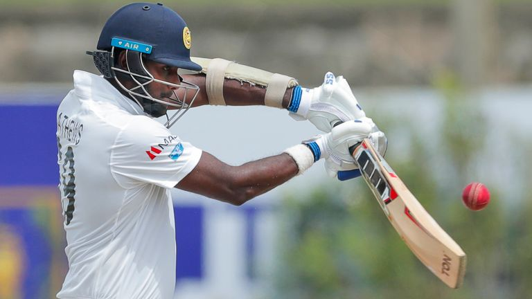 Angelo Mathews (Associated Press)