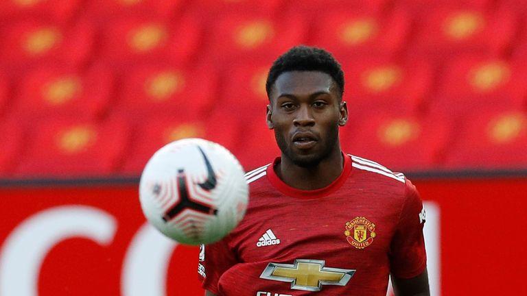 Timothy Fosu-Mensah: Bayer Leverkusen to sign Man Utd defender for £1.8m |  Football News | Sky Sports