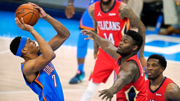 Highlights of the New Orleans Pelicans against the Oklahoma City Thunder in Week 2 of the NBA.