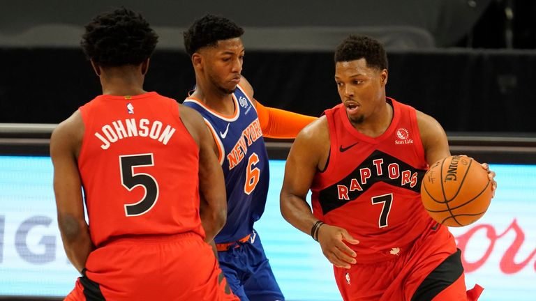 Highlights of the New York Knicks against the Toronto Raptors in Week 2 of the NBA.