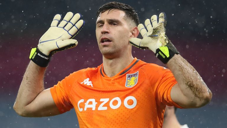 Emiliano Martinez's rise is similar to Darlow's