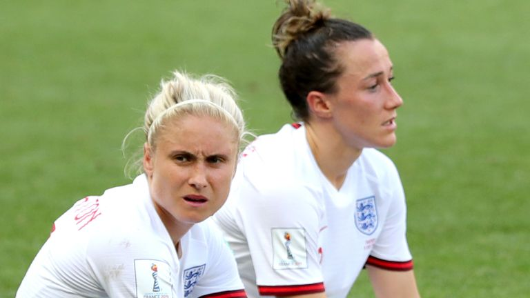 Steph Houghton (L) and Lucy Bronze (R) helped the Lionesses reach the semi-finals of the 2019 Women's World Cup