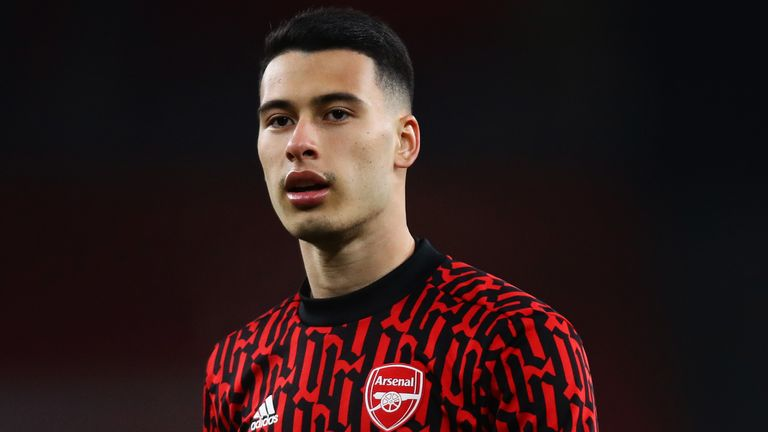 Gabriel Martinelli suffered an injury in the warm-up
