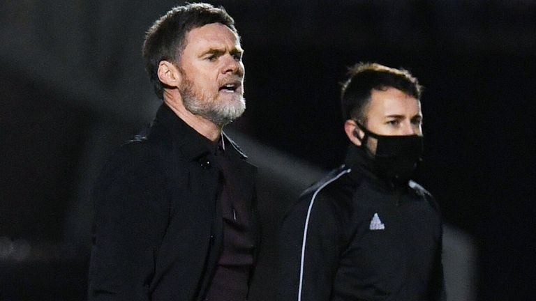 PAISLEY, SCOTLAND - JANUARY 09: Motherwell manager Graham Alexander during a Scottish Premiership match between St Mirren and Motherwell at The SMISA Arena on January 09, 2021, in Motherwell, Scotland. (Photo by Ross MacDonald / SNS Group)