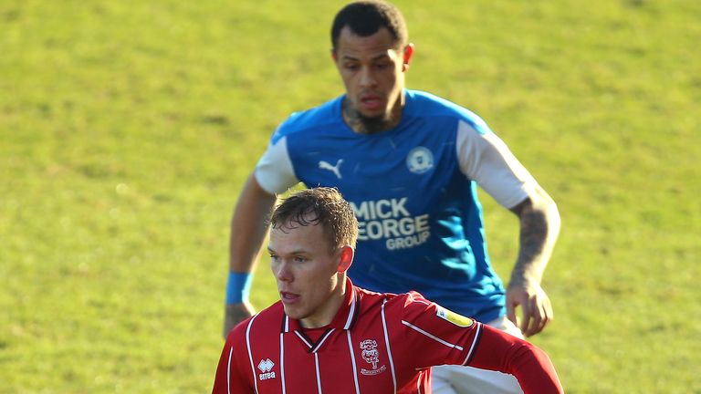 League One leaders Lincoln were held by Peterborough