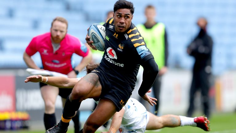 Wasps v Exeter Chiefs - Gallagher Premiership - Ricoh Arena Wasps' Malakai Fekitoa (front) avoids being tackled during the Gallagher Premiership match at the Ricoh Arena, Coventry.