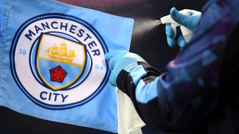 Manchester City v Liverpool - Premier League - Etihad Stadium
