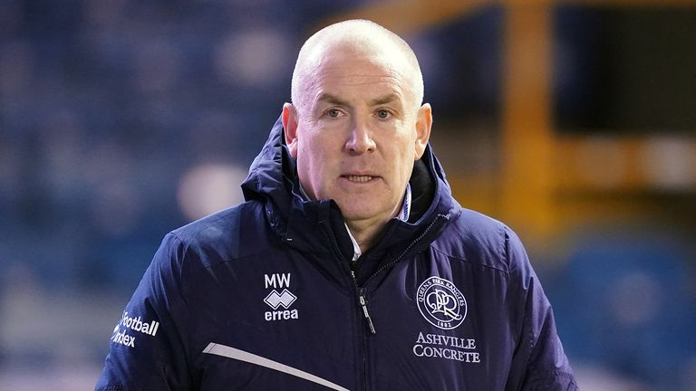 Queens Park Rangers manager Mark Warburton at the start of the second half during the Sky Bet Championship match at The Den, London.