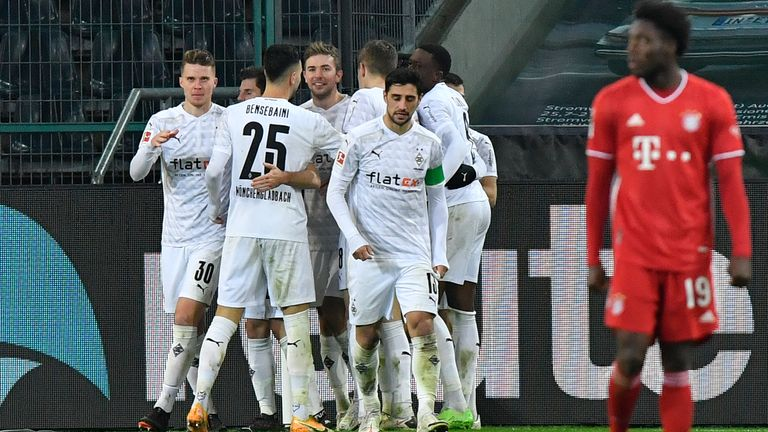 Borussia Moenchengladbach celebrate the goal to make it 3:2.