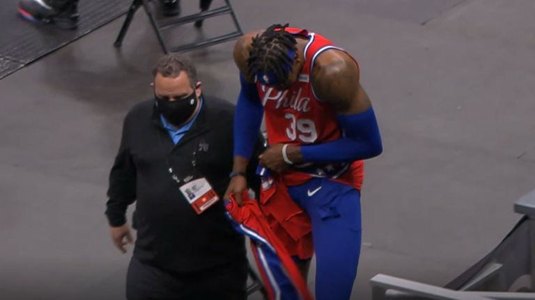 Dwight Howard loses his shorts for the Philadelphia 76ers