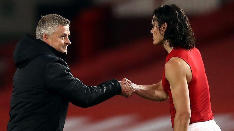 Manchester United boss Ole Gunnar Solskjaer has hailed Edinson Cavani as a forward that complements his younger stars