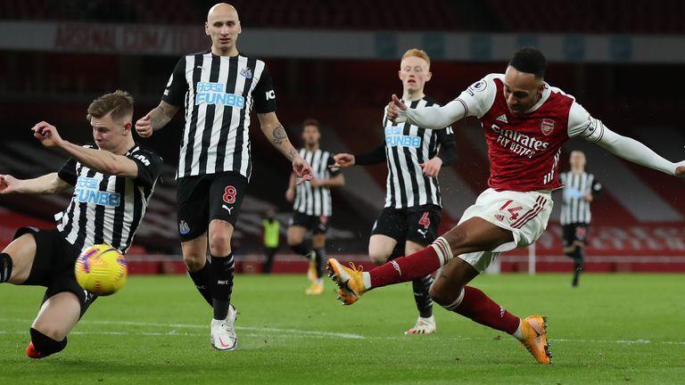 Pierre-Emerick Aubameyang fires Arsenal ahead against Newcastle