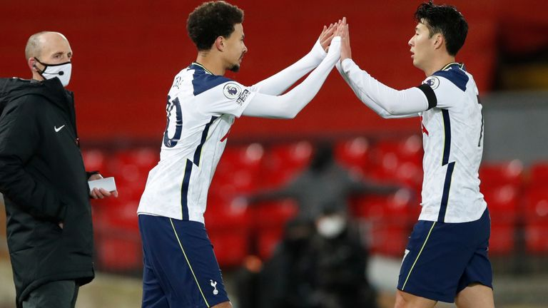 Dele Alli replaces Heung-Min Son for Tottenham (AP image)
