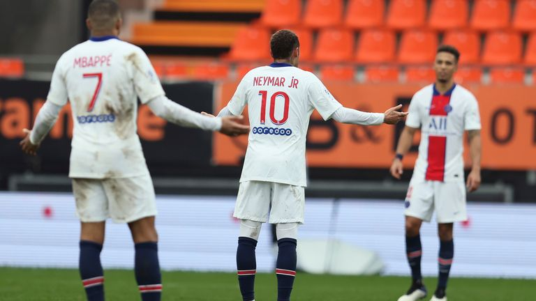 Neymar and Kylian Mbappe show their frustration at their defenders
