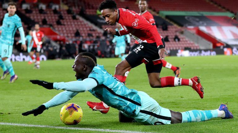 Jurgen Klopp compares Liverpool penalty record to Man Utd after champions denied two spot-kicks at Southampton | Football News